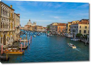 Городской пейзаж Венеция, водные каналы и традиционных зданий
