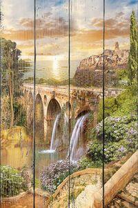 Старинный мост с водопадами