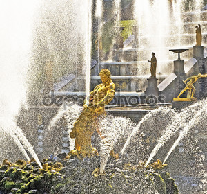 Самсон и фонтан Лев