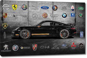 Черная машина спортивная в бетонном ангаре