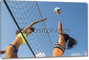 Женский пляжный волейбол игроков