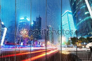 Теперь город ночью