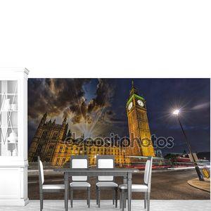 потрясающий вид, Вестминстерский дворец и Биг Бен ночью.