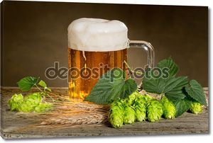 Натюрморт с пивом и хмелем