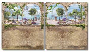 Акри и колонны на набережной