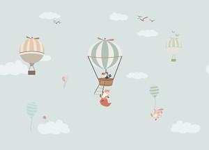Лисичка и зайчик на воздушных шарах