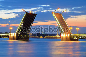 Белые ночи в Санкт Петербург, Россия