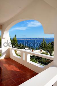 Вид на море из квартиры в роскошный отель, peloponnes, Греция