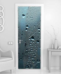 Струйкт воды на стекле