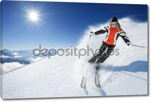 Девушка - женщина - женщина на лыжи