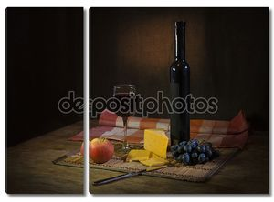 Вино и сырная тарелка