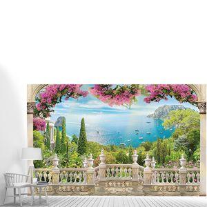 Терраса с цветами и видом на море