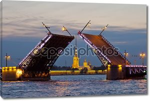 Russia. St. Petersburg - divorced Palace Bridge