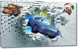Автомобиль разбивает стену