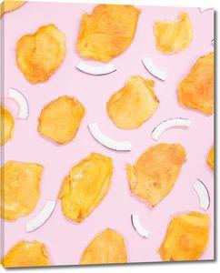Орнамент из кусочков фруктов