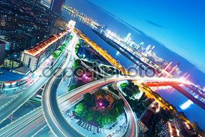 Шанхай обмена эстакаду и повышенных дорог