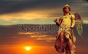 Статуя Святого Михаила