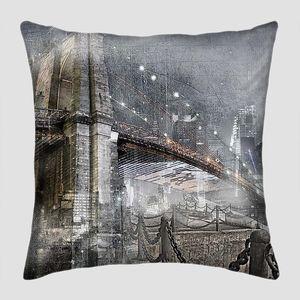Коллаж ночной город и мост