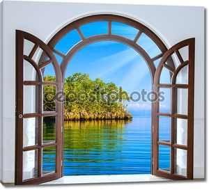Открытые окна к озеру