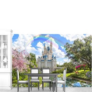 Замок с радугой и прекрасным садом