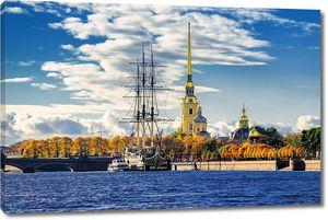 Петропавловская крепость и парусник